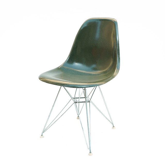 Eames Plastic Side Chair Eiffel Base (1953) OG03ET