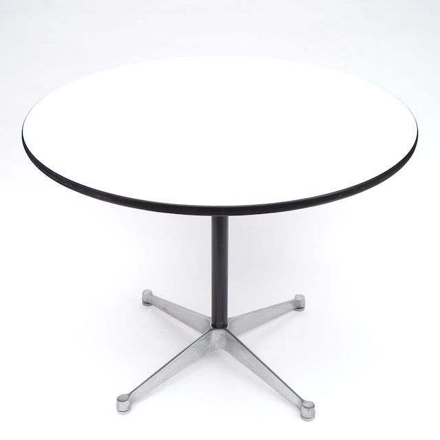 Eames Contract Base Round Table (910mm)