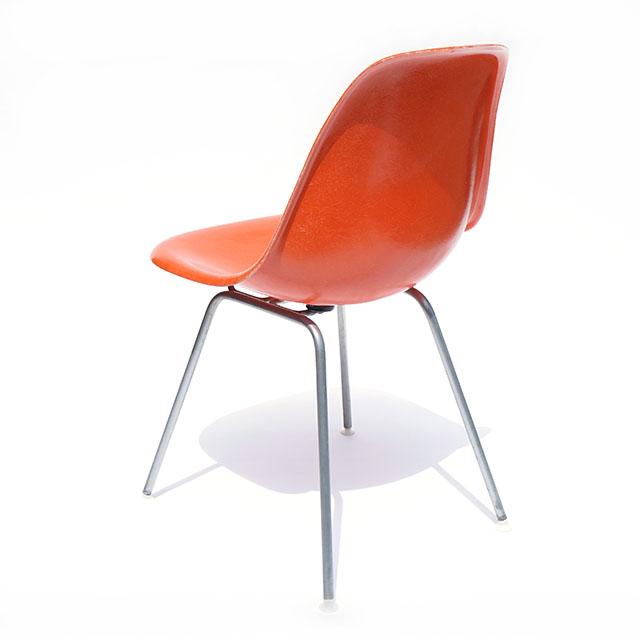 Eames Plastic Side Chair H-Base (1953) OR02H