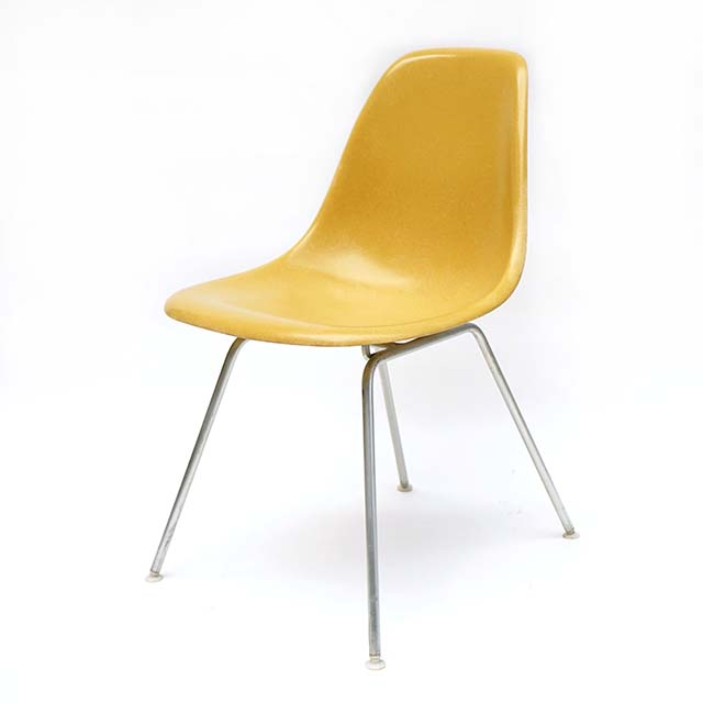 Eames Plastic Side Chair H Base (1953) MU05H