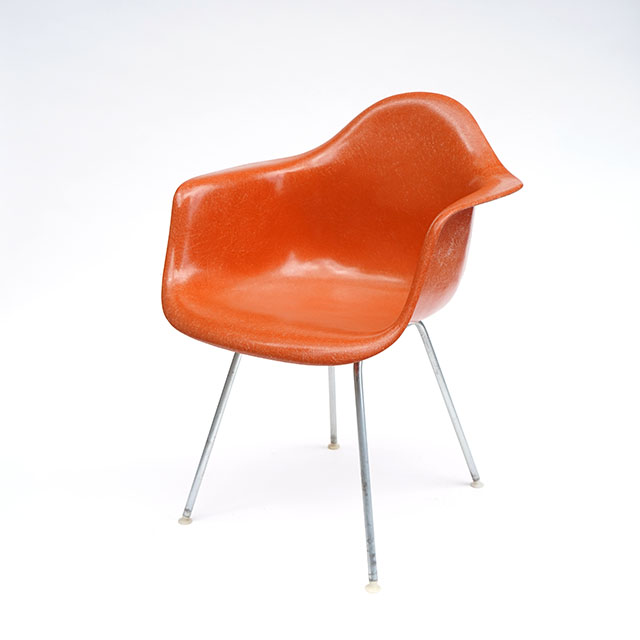 Eames Plastic Arm Chair H- Base (1950) OR01H