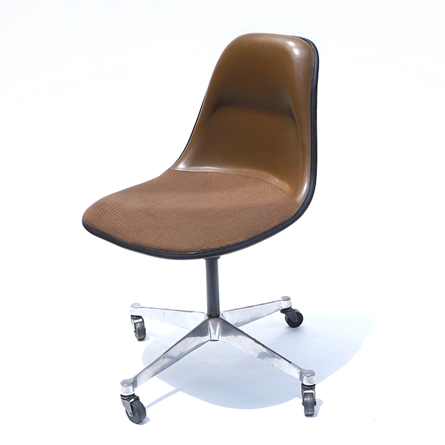 Eames Plastic Side Chair-PSCA Brown (1970)