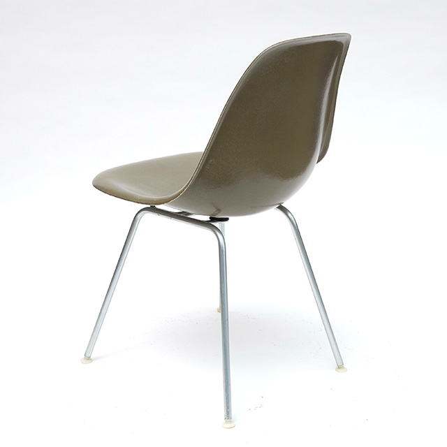 Eames Plastic Side Chair H-Base (1953) RU01H