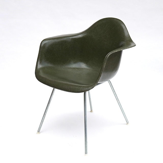 Eames Plastic Arm Chair H- Base (1950) OG01H