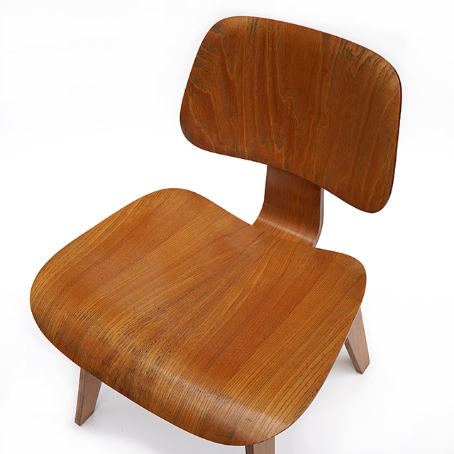 Eames DCW (1946)