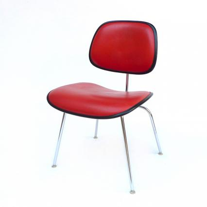 Two-Piece Plastic Chair (1971) #2