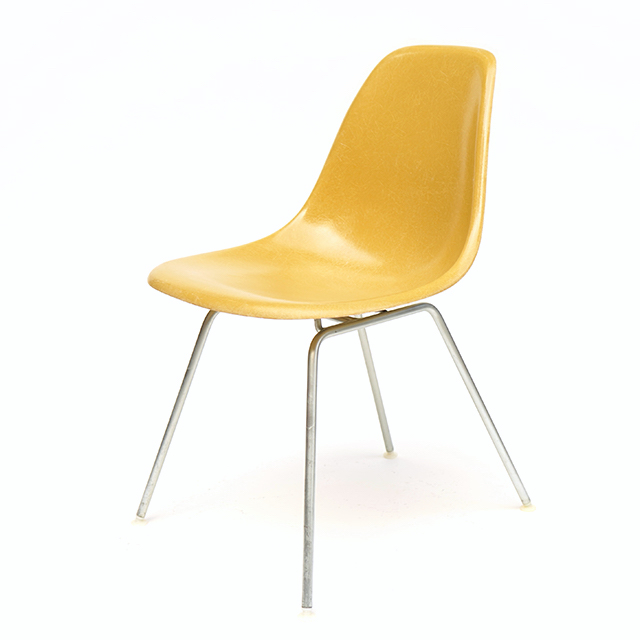 Eames Plastic Side Chair H Base (1953) MU03H