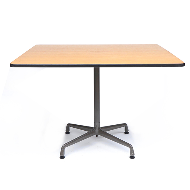 Eames Universal Vase Square Table (1065mm)