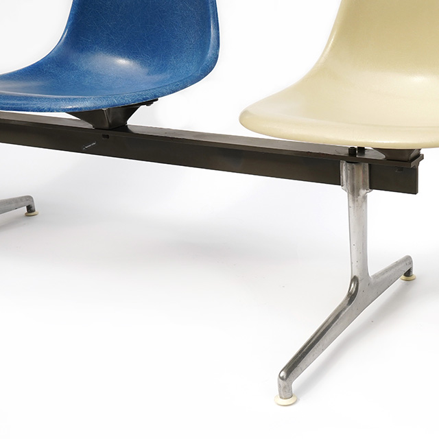 Eames Tandem Side Chair Seating