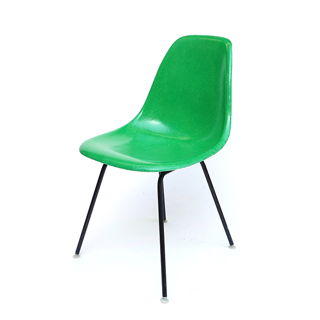 Eames Plastic Side Chair H-Base (1953) CG01H