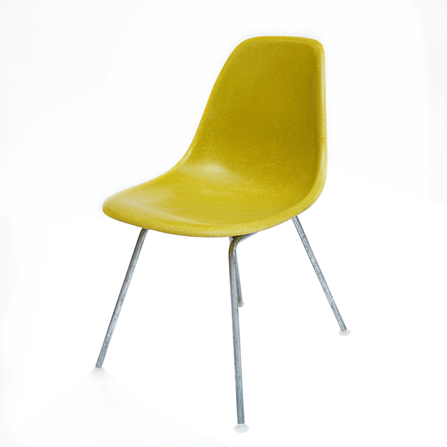 Eames Plastic Side Chair H-Base (1953) YD01H