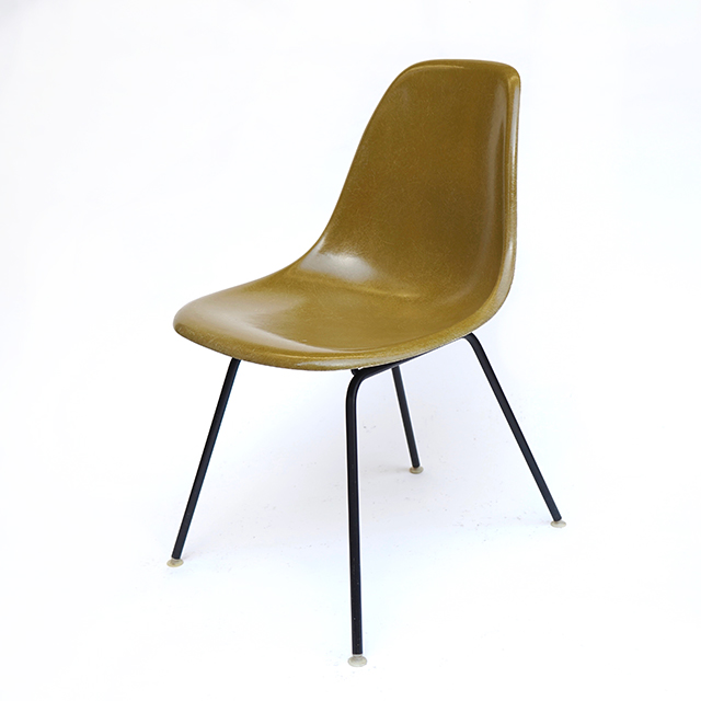 Eames Plastic Side Chair H-Base (1953) KH01H