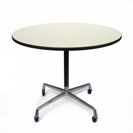 Eames Universal Base Round Mobile Table (910mm)