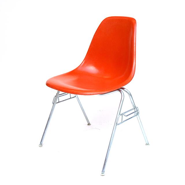 Eames Plastic Side Chair Stacking Base (1953) OR